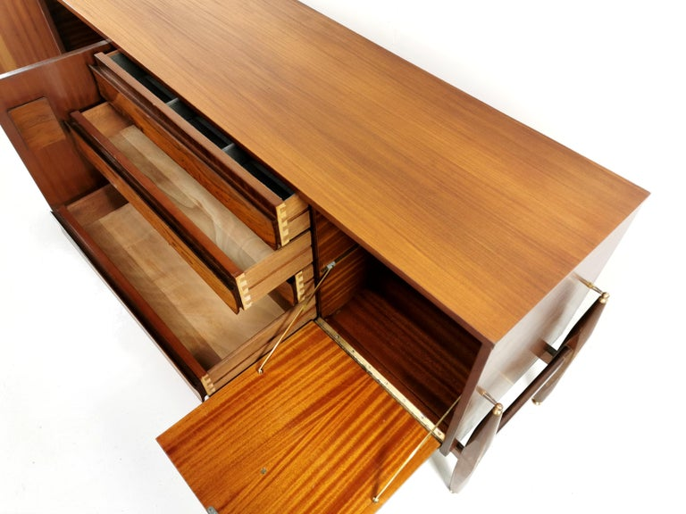 Mid-Century Modern Elliotts of Newbury Rosewood and Teak Midcentury Sideboard 1960s Vintage For Sale