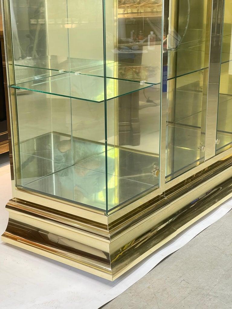 Ello Brass & Mirror Triple Front Vitrine For Sale 7