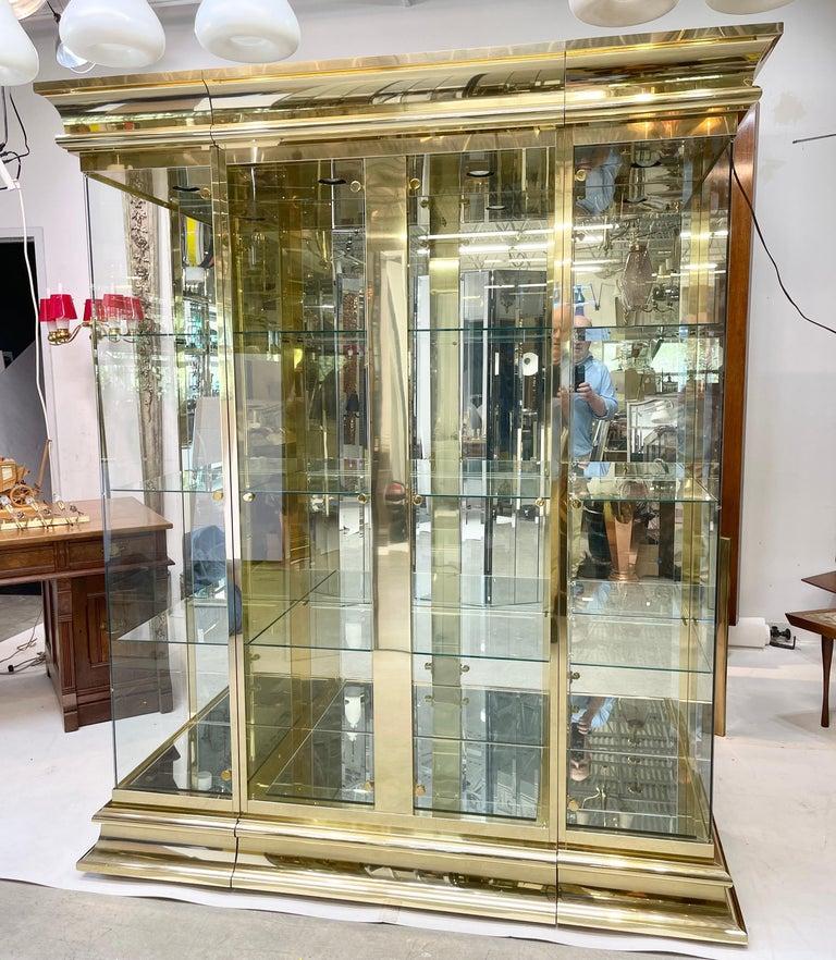Ello Brass & Mirror Triple Front Vitrine For Sale 3