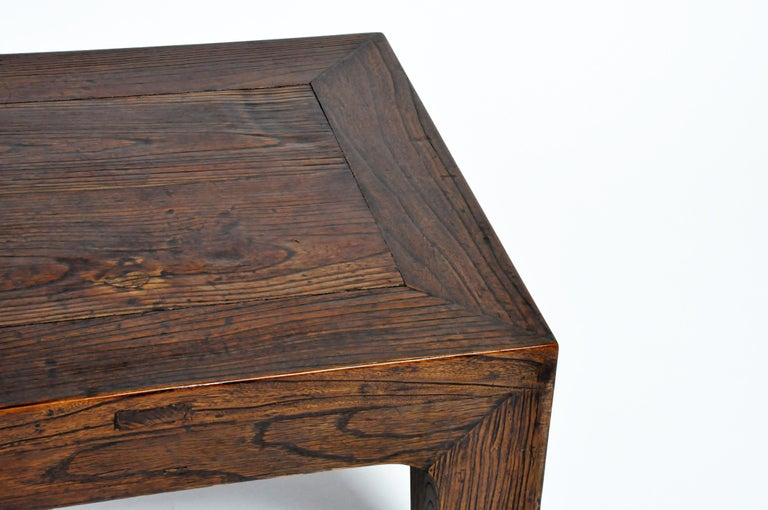 Elm Wood Coffee Table In Good Condition For Sale In Chicago, IL