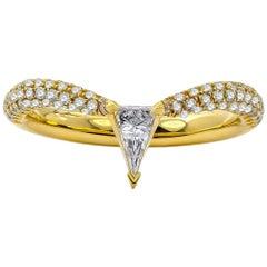 Elongated Modified Trillion Diamond Spica Ring, 18 Karat Yellow Gold