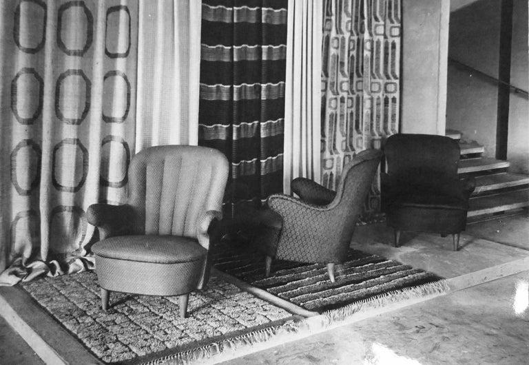 Elsa Gullberg Armchair in Taupe Velvet and Elm, Sweden, Late 1930s For Sale 5