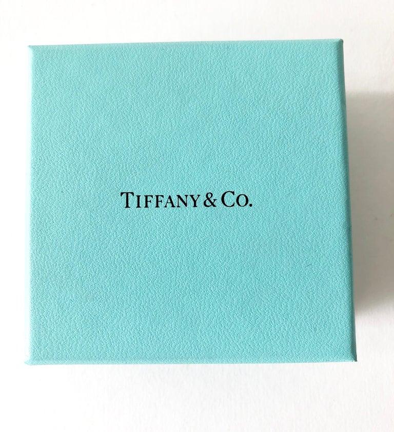 Women's Elsa Peretti Tiffany & Co. 18 Karat Gold Large Floating Heart Pendant Necklace For Sale