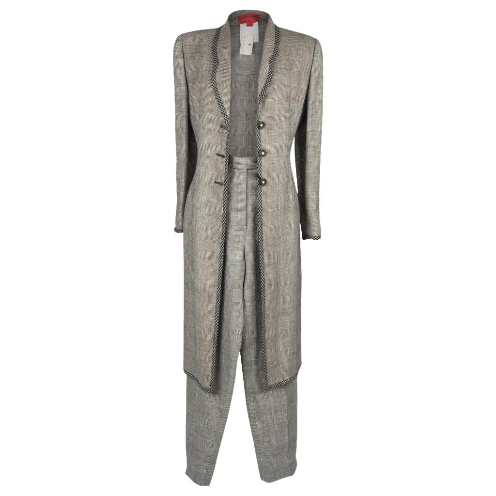 Emanuel Ungaro Classic Fit Charcoal Gray Windowpane Three Button Wool Suit