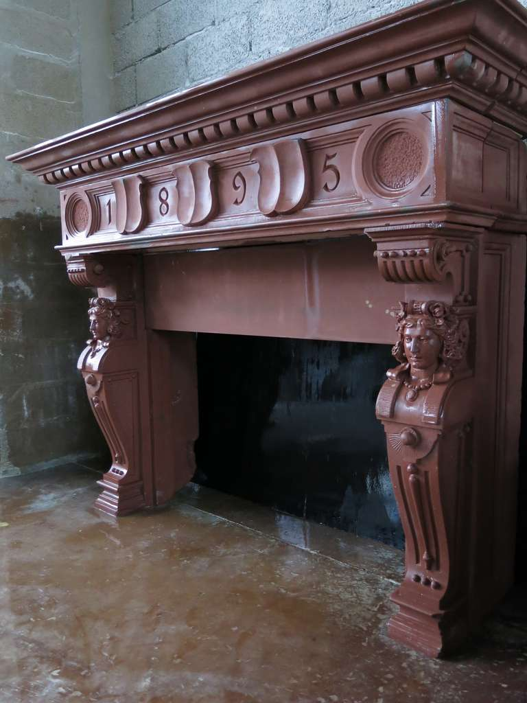 Embassy-Quality Fireplace Renaissance Caryatid Statues Dated 1895, France For Sale 3