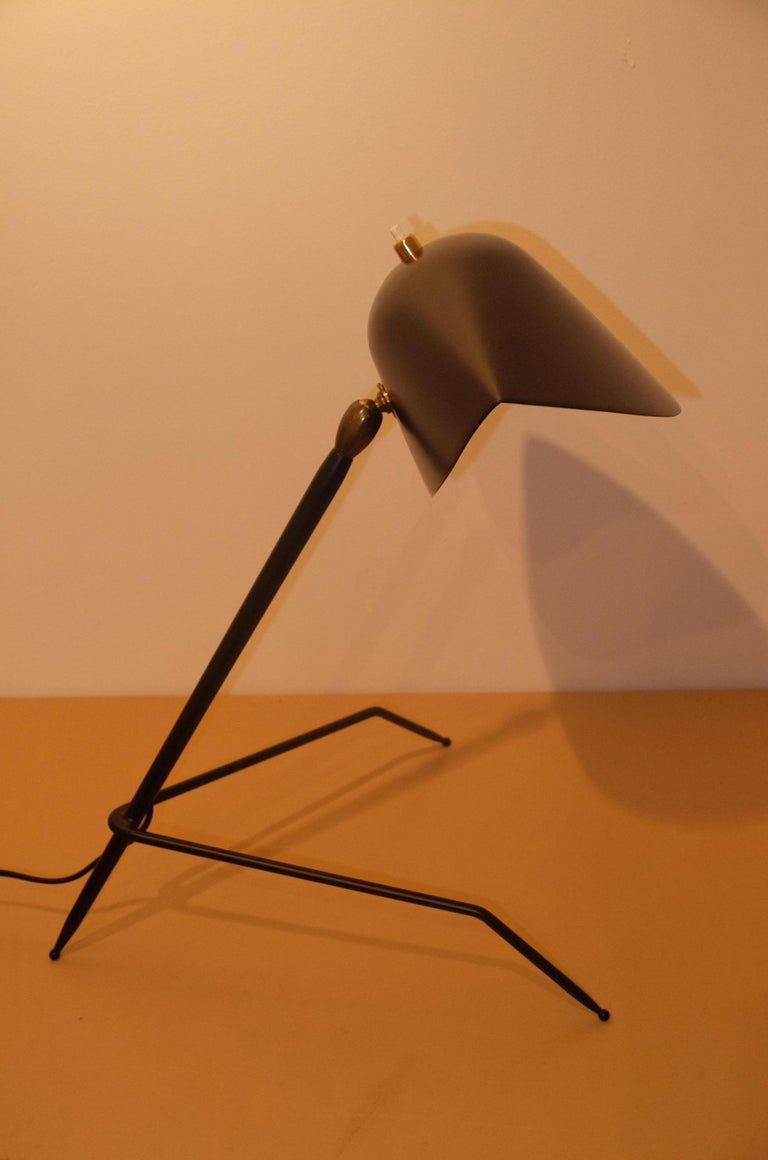 Cold-Painted Emblamatic Serge Mouille Tripod Desk Lamp Table Lamp For Sale