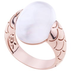 Embrace Rose Gold with Cabochon Mother Pearl Cocktail Ring
