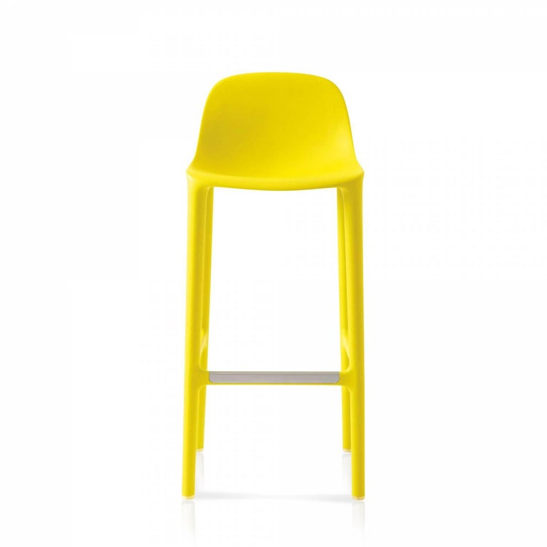 Philippe Starck and Emeco came together to create a new chair that is reclaimed, repurposed, recyclable – and designed to last. The chair is made from 75% waste polypropylene and 15% reclaimed wood that would normally be swept into the trash,