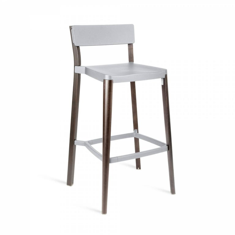 Our clients have asked us to utilize wood in our designs for years. Lancaster features a re-claimed, solid ash frame and recycled die-cast aluminum seat and back- an expression of industrial technique and warm materials.