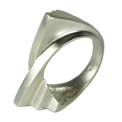 Emer Roberts Silver Modern Curved Fan Ring