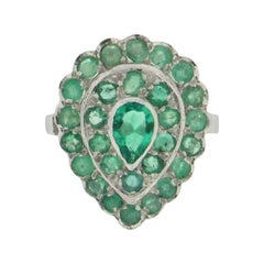 Emerald 18 Karat White Gold Cocktail Ring