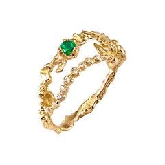 Emerald 18 Karat Yellow Gold Ring