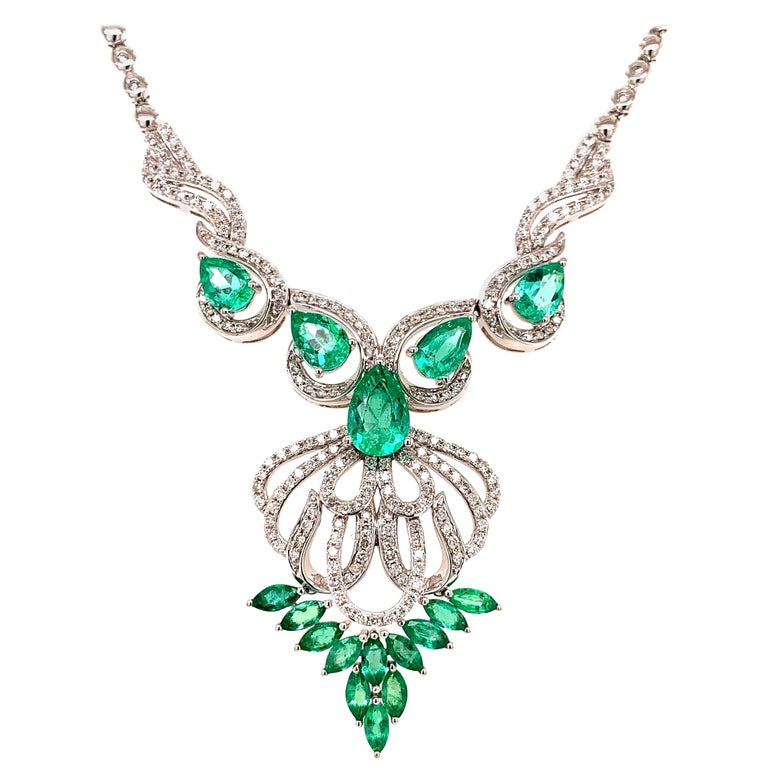 5.17 Carat Emerald Diamond Pendant Necklace For Sale