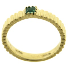 Emerald 9 Karat Yellow Gold Ring Handcrafted in Italy