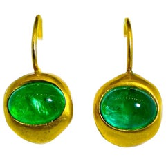 Emerald and 20 Karat Gold Earrings