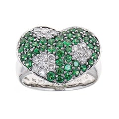 Heart shaped Green Sapphire diamond accent Cocktail Ring 14 karat White Gold