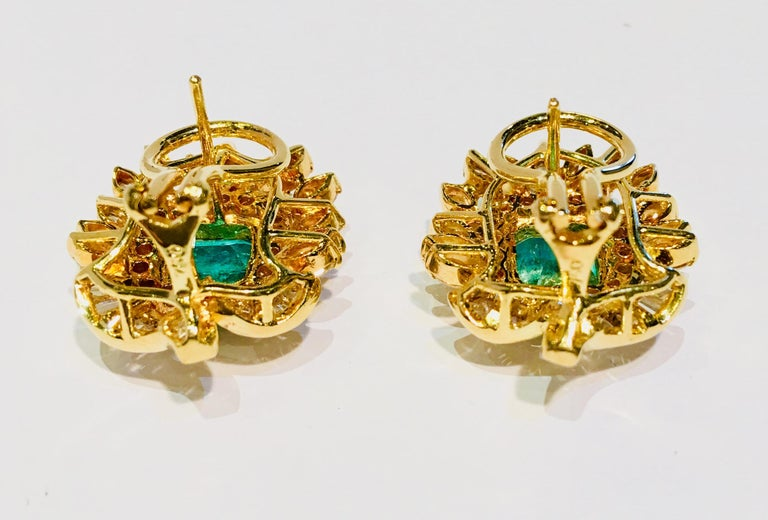 Women's Emerald and Diamond 18 Karat Yellow Gold Earrings with Floral Motif For Sale