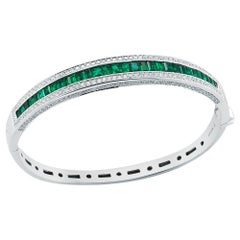 Takat Emerald And Diamond Bangle In 18K White Gold
