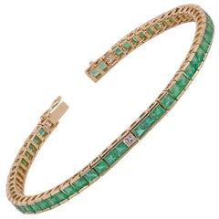 Emerald and Diamond Bracelet Studded in 18 Karat Yellow Gold