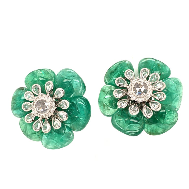 Contemporary Emerald and Diamond Camelia Earclips in 18 Karat White Gold For Sale