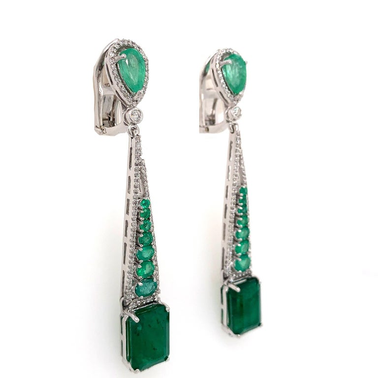 Contemporary Emerald and Diamond Drop Dangle Earrings For Sale