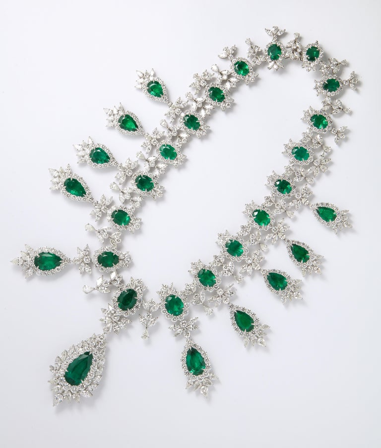 Emerald and Diamond Drop Necklace For Sale 7