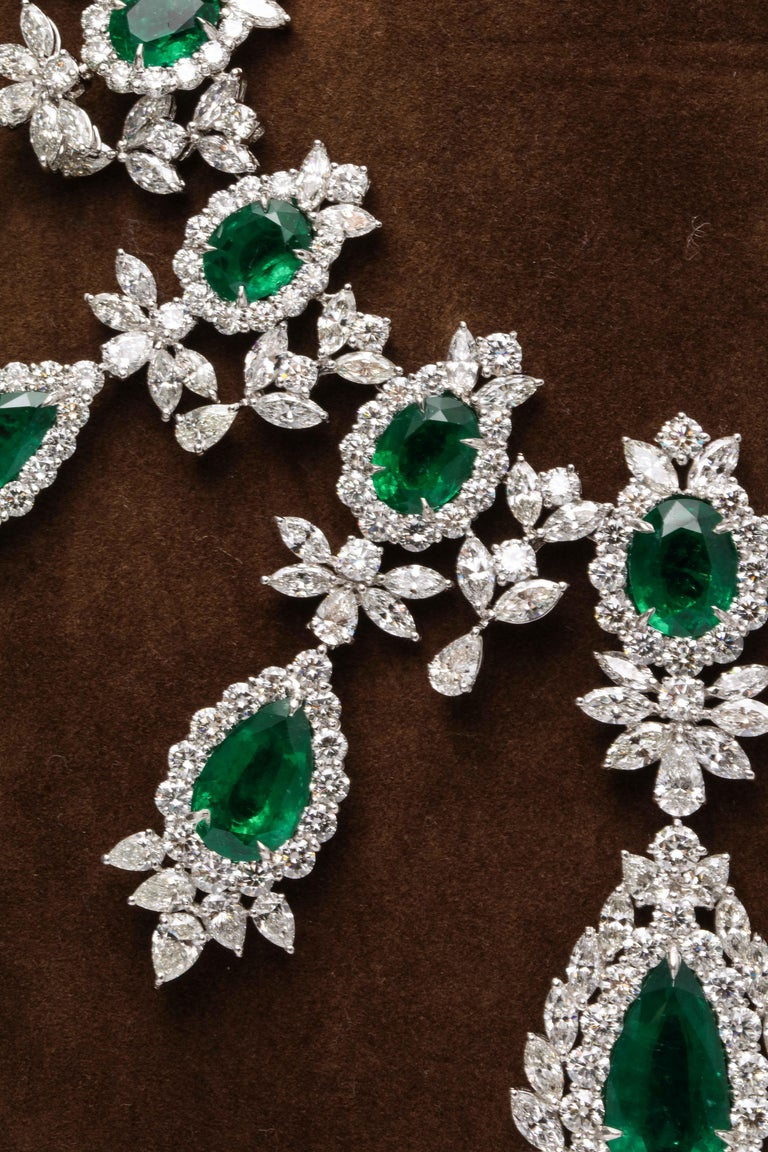 Emerald and Diamond Drop Necklace For Sale 2