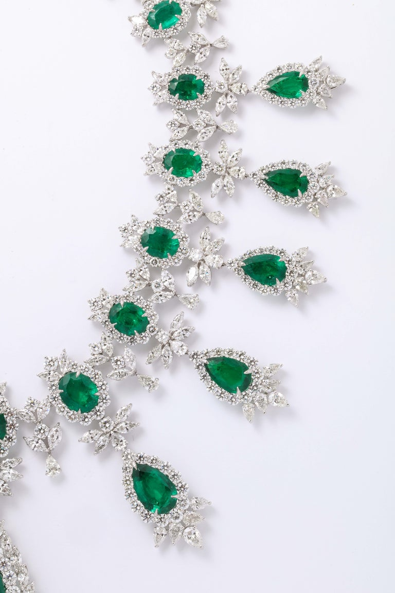 Emerald and Diamond Drop Necklace For Sale 4