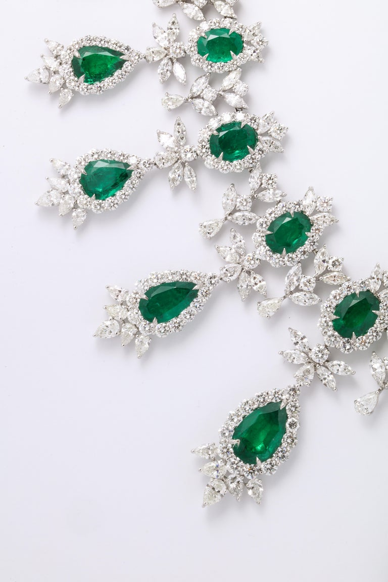 Emerald and Diamond Drop Necklace For Sale 5