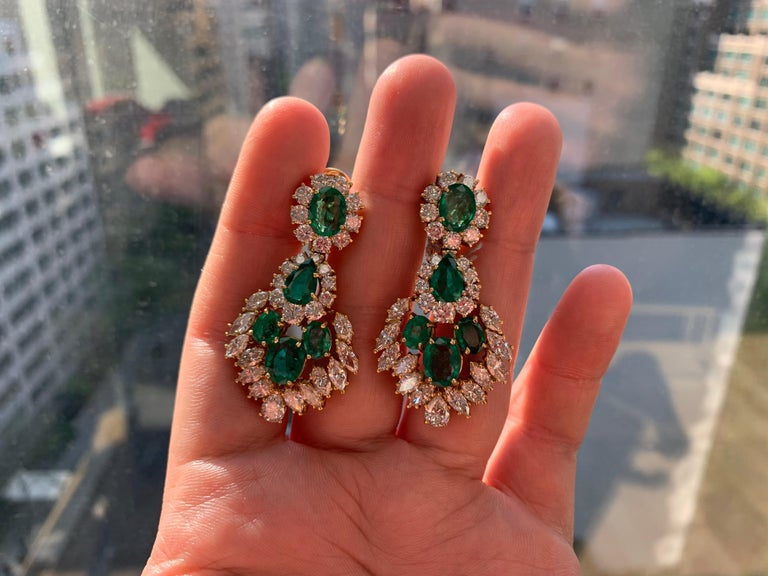 Emerald and Diamond Earrings For Sale 1