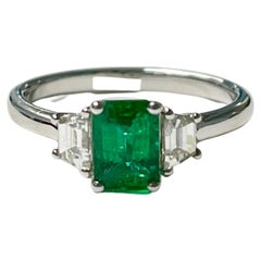 Emerald and Diamond Engagement Ring in 18K White Gold