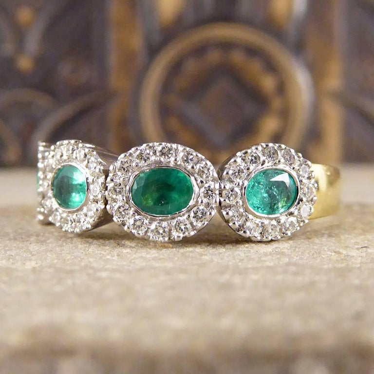 Emerald and Diamond Four-Stone 18 Carat Gold Cluster Ring For Sale 1