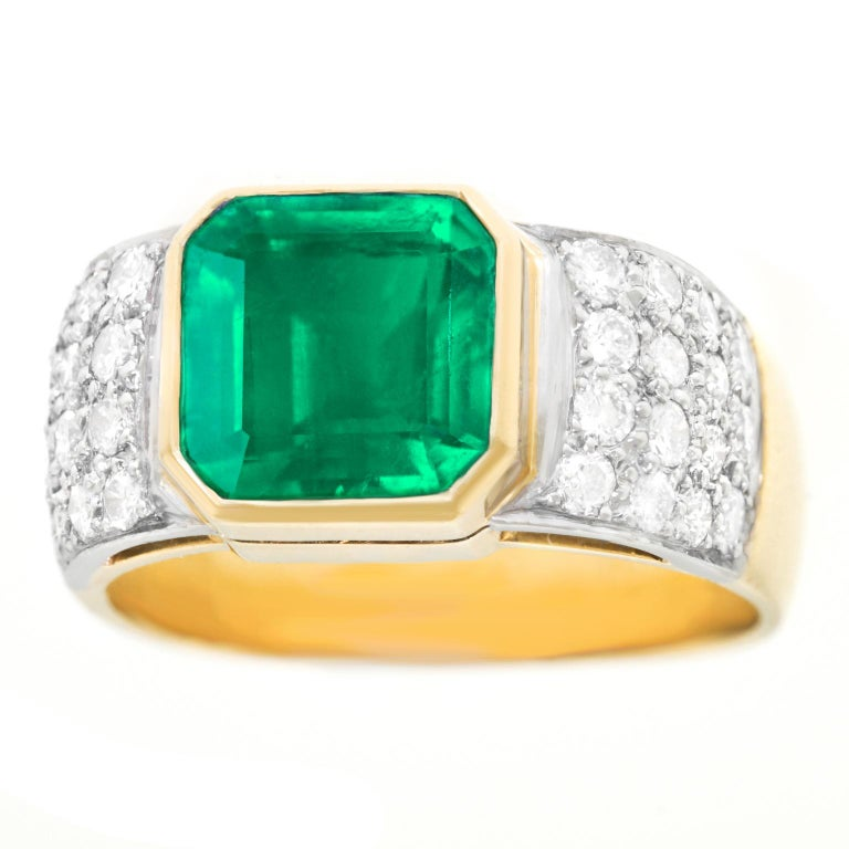 Emerald and Diamond Set Gold and Platinum Ring In Good Condition For Sale In Litchfield, CT