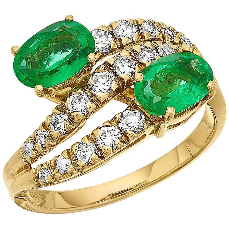 Emerald and Diamond Three-Tiered Ring in 18 Karat Yellow Gold For Sale