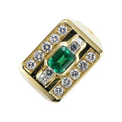 Emerald and Diamonds 18 Karat Yellow Gold Cocktail Ring