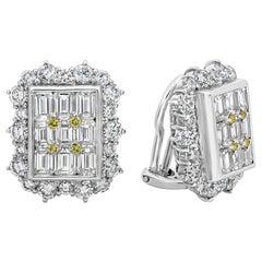 Roman Malakov, Emerald and Round Diamond Halo Clip-On Earrings