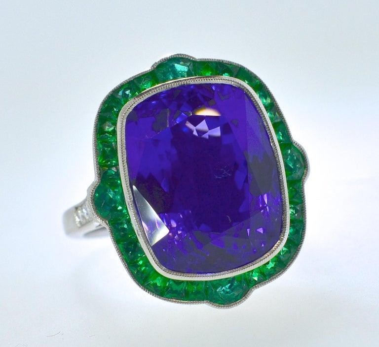 Emerald and Very Fine Tanzanite Platinum Ring In New Condition For Sale In Aspen, CO