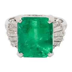 Emerald and White Diamond Cocktail Ring in Platinum