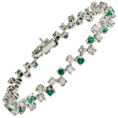 Emerald and White Diamond Tennis Bracelet Made to Measure in Italy
