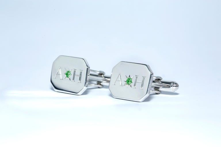 Emerald Bespoke Sterling Silver Rectangular Engraved Modern Classic Cufflinks In New Condition For Sale In London, GB