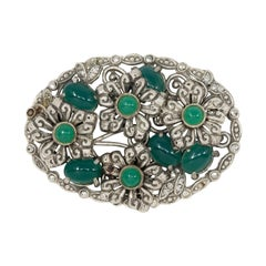 Emerald Cabochon Flower Oval Pin Brooch in Silver, Early 1900s