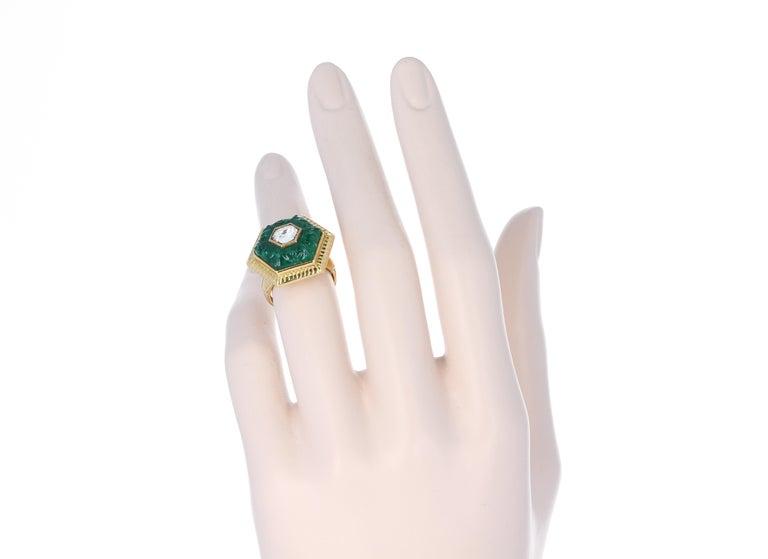 Emerald Carving Ring, Center Diamond Rose Cut, 22 Karat Yellow Gold For Sale 5