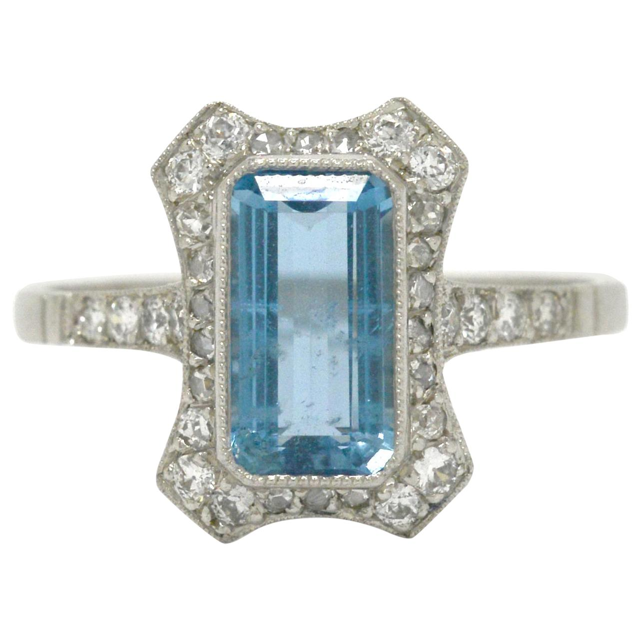 be8a92a091401 Antique Aquamarine Engagement Rings - 143 For Sale at 1stdibs