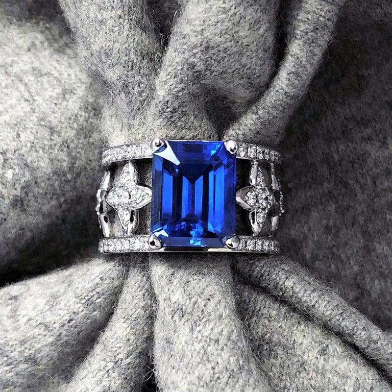 JdJ Couture  Fine Emerald cut Blue Sapphire &