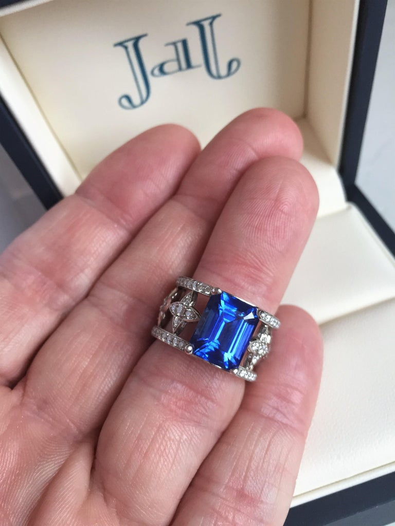 Emerald Cut Blue Sapphire and Diamond Ring in Platinum For Sale 1