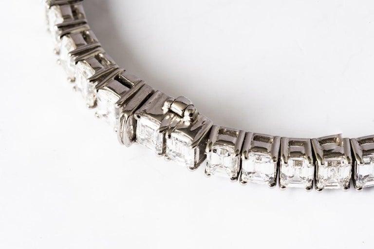 Emerald Cut Certified Diamonds 10.55 Carat on Platinum Tennis Bracelet For Sale 5