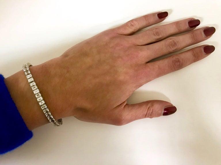 Emerald Cut Certified Diamonds 10.55 Carat on Platinum Tennis Bracelet For Sale 6