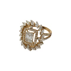 Emerald Cut Cluster Setting Diamond Engagement Ring in 18k Rose Gold