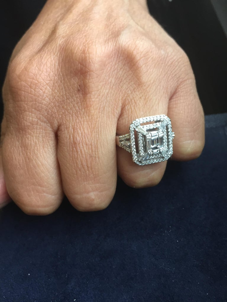 Modern Emerald Cut Cocktail Ring 18 Karat White Gold For Sale