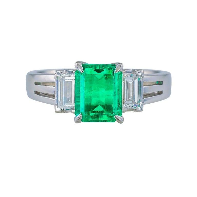 Contemporary Emerald Cut Colombian Emerald Diamond Platinum Ring For Sale